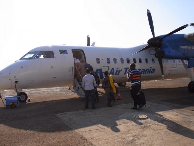 140827 airplane from mtwara